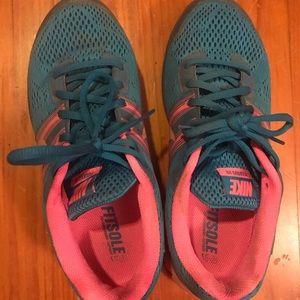 Nike Blue Pink Pegasus 29